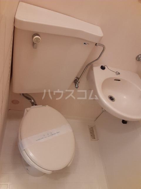 セゾンドカサハラⅠ 207号室のトイレ