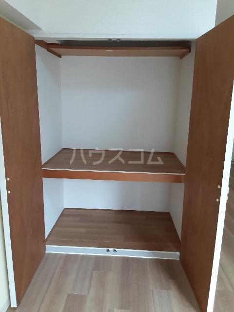セゾンドカサハラⅠ 207号室の収納