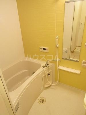 ジュネス幸 B 02050号室の風呂