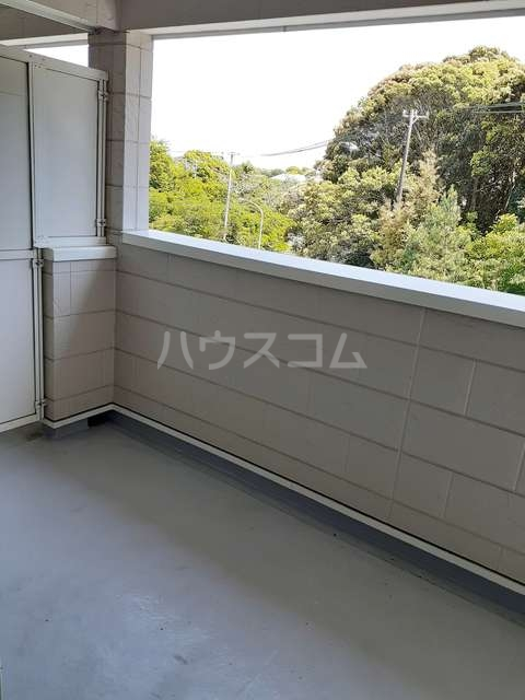 シャルマンタツミA 02030号室の玄関