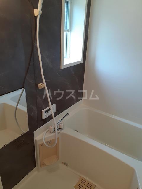 シャルマンタツミA 02030号室の風呂