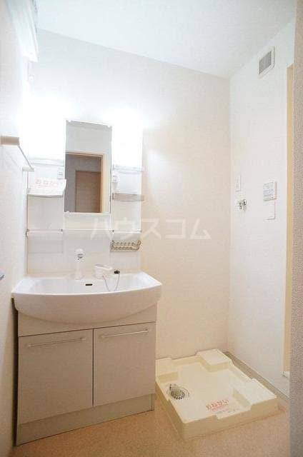 ポラリス2号館 01030号室の洗面所