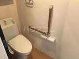 マ・グランⅥ 105号室のトイレ