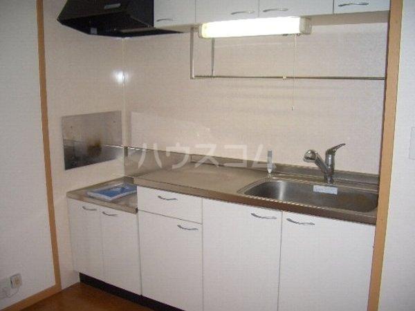 サンリットスクエアA 01020号室のキッチン