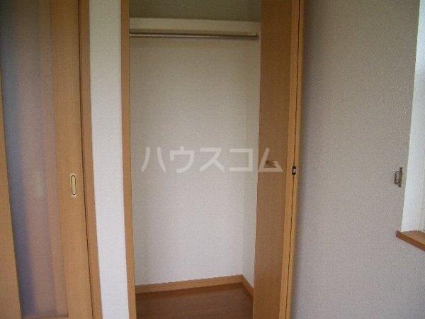 サンリットスクエアA 01020号室の収納