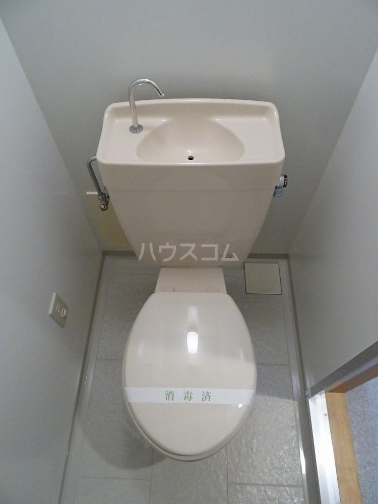 ブリランテ 203号室のトイレ