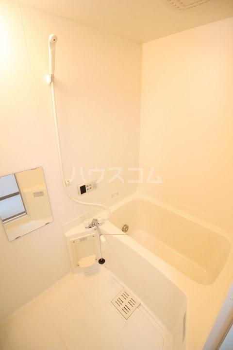 AIセゾン・fⅠ 02010号室の風呂