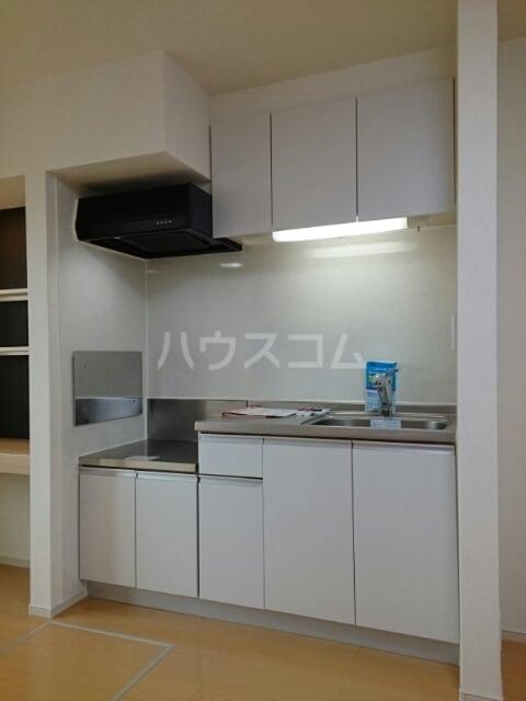 クレストⅠ 01020号室のキッチン
