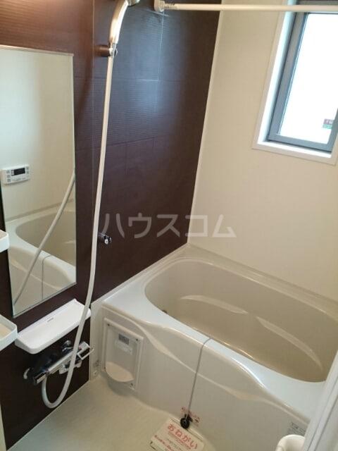 クレストⅠ 01020号室の風呂