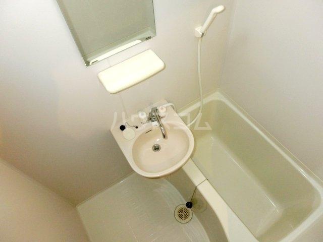 パテラ草加 207号室の風呂