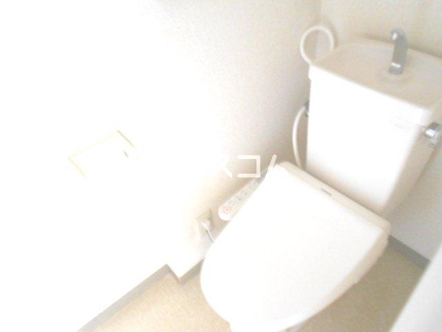AIKAWAマンション 303号室のトイレ
