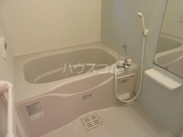 シャルマンⅢ 01010号室の風呂