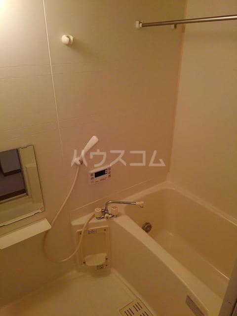 コワンシック 01010号室の風呂