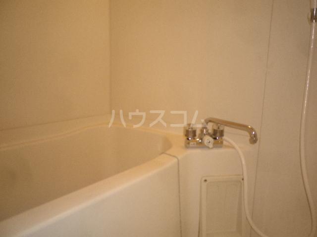 エレガンス小川 305号室の風呂