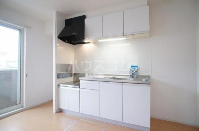セレノ Ⅰ 01010号室のキッチン