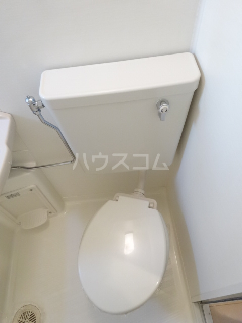 SEBOSEBO船橋A棟 A-102号室のトイレ