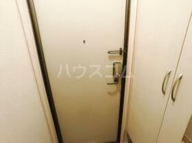 Droom-B 107号室の玄関