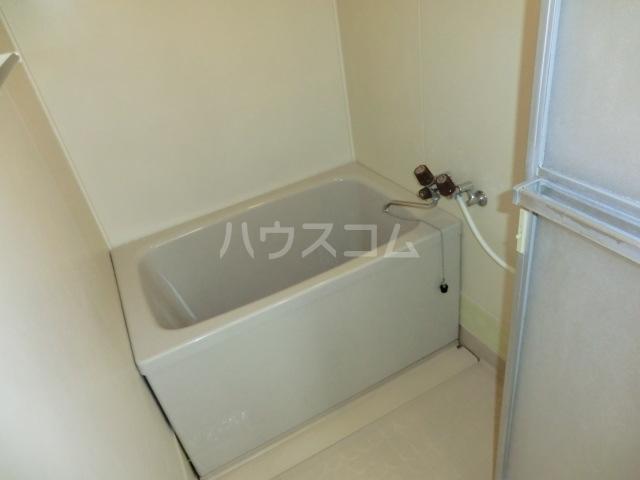 フォーレストマンション 203号室の風呂