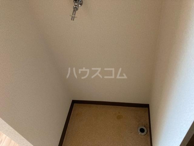 メゾンヤマジュ 101号室の収納