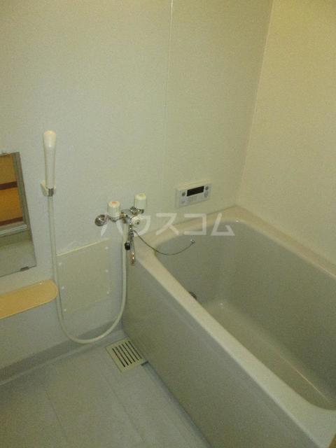 キングパレス Ⅱ 02010号室の風呂