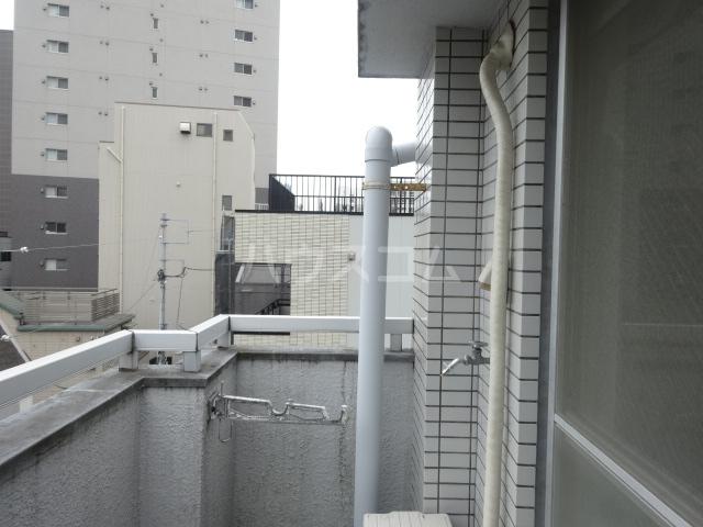 ムラキビル 401号室のバルコニー
