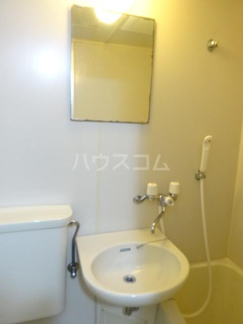 ムラキビル 401号室の洗面所