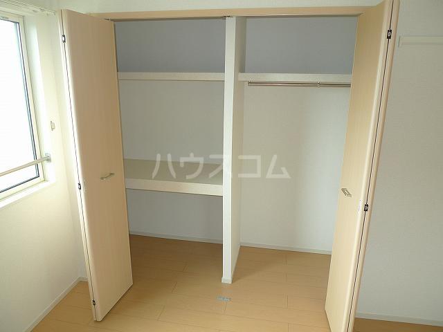 サンリットガーデンM 02010号室の収納