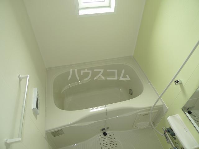 サンリットガーデンM 02010号室の風呂