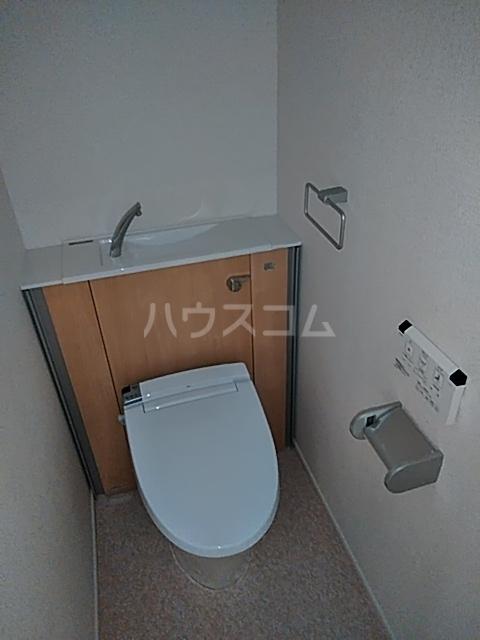 サンライズ・アベニューⅢ 02010号室のトイレ