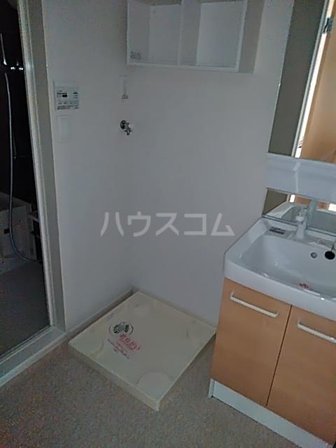 サンライズ・アベニューⅢ 02010号室の洗面所