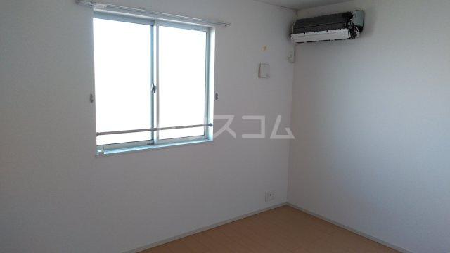 ヒルクレスト 02040号室の居室