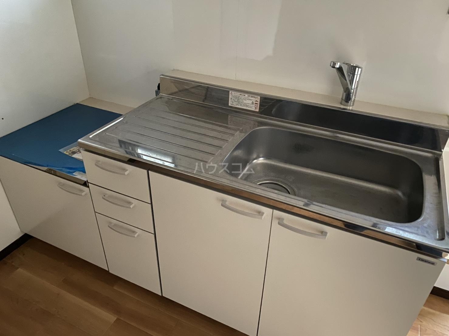 フォーブル太平台A 102号室のキッチン
