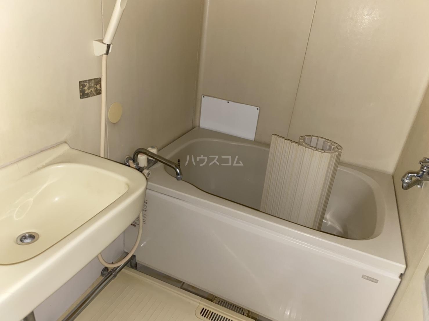 フォーブル太平台A 102号室の風呂