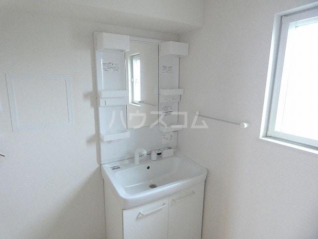 取香牧B 02050号室の洗面所