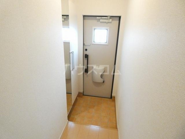 取香牧B 02050号室の玄関