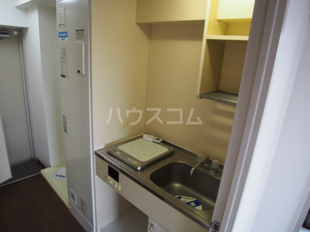 スカイコート草加 501号室のキッチン
