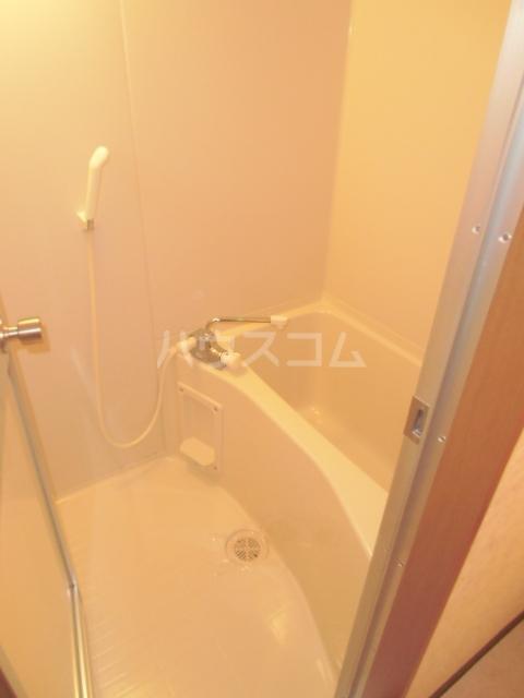 One Face 303号室の風呂