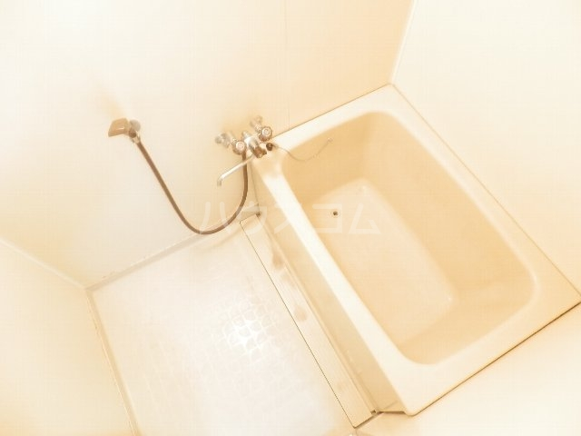 それいゆ夏見 102号室の風呂
