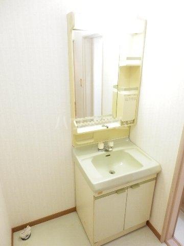 それいゆ夏見 102号室の洗面所