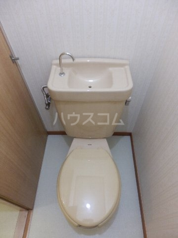それいゆ夏見 103号室のトイレ