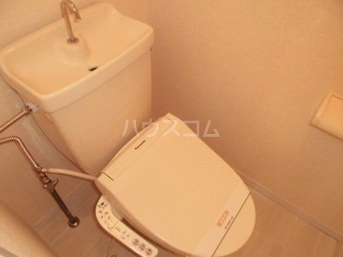 TRADサンリバー C-203号室の洗面所