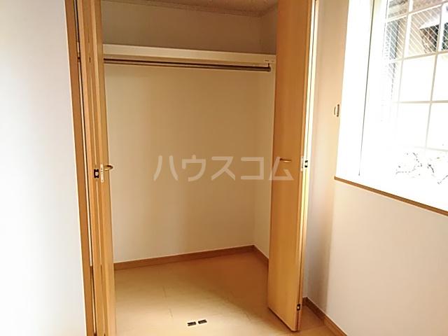 プラシードⅢ 01050号室の居室