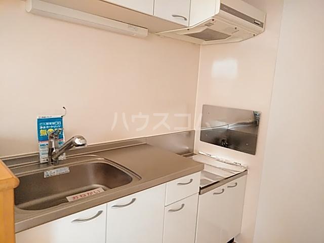 プラシードⅢ 01050号室のキッチン