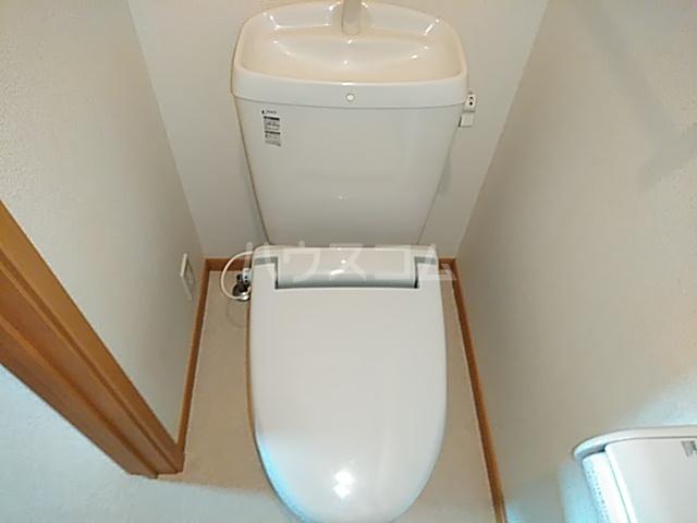プラシードⅢ 01050号室のトイレ