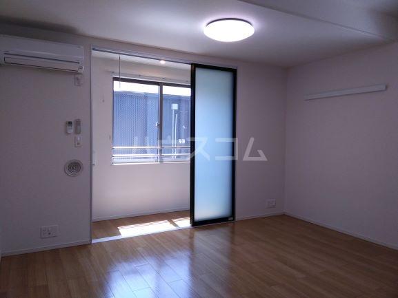 グレイス鶴里 02020号室のリビング