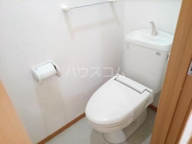 ソレイユⅢA 01020号室のトイレ