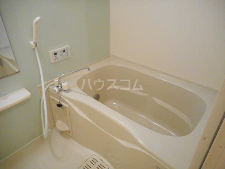 インプレス東起 Ⅰ 03010号室の風呂