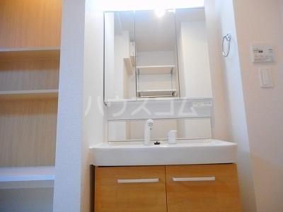 カーサミツミネ ルーチェ 01030号室の洗面所