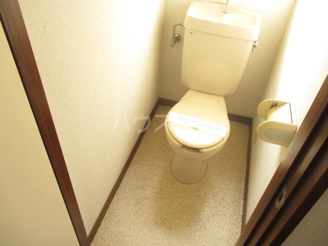ドミールアイボリー 201号室のトイレ