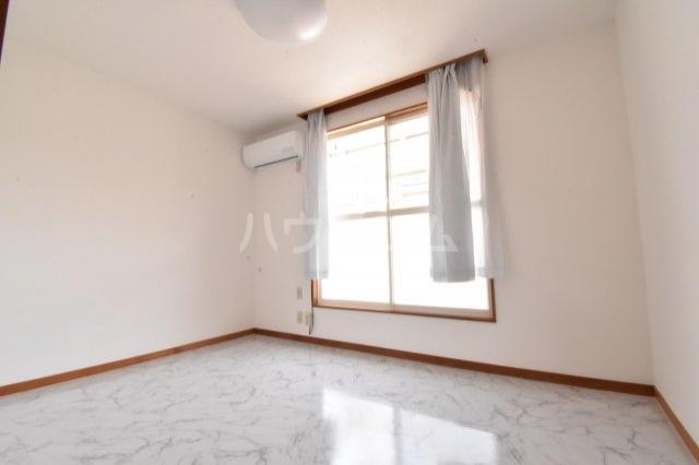 メゾン・うるし谷 202号室の洗面所